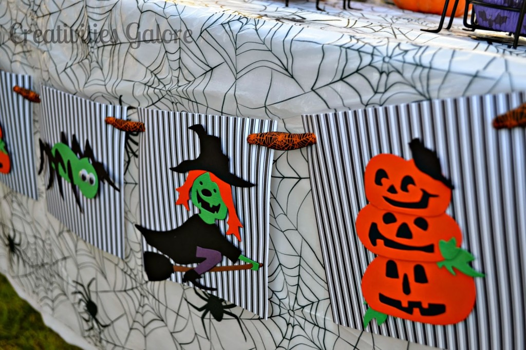 Creativities Galore: Kid Friendly Halloween Banner