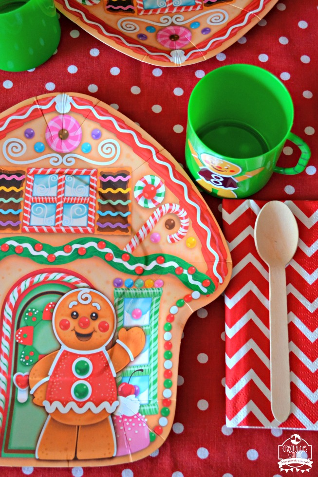 Easy kids gingerbread house party ideas