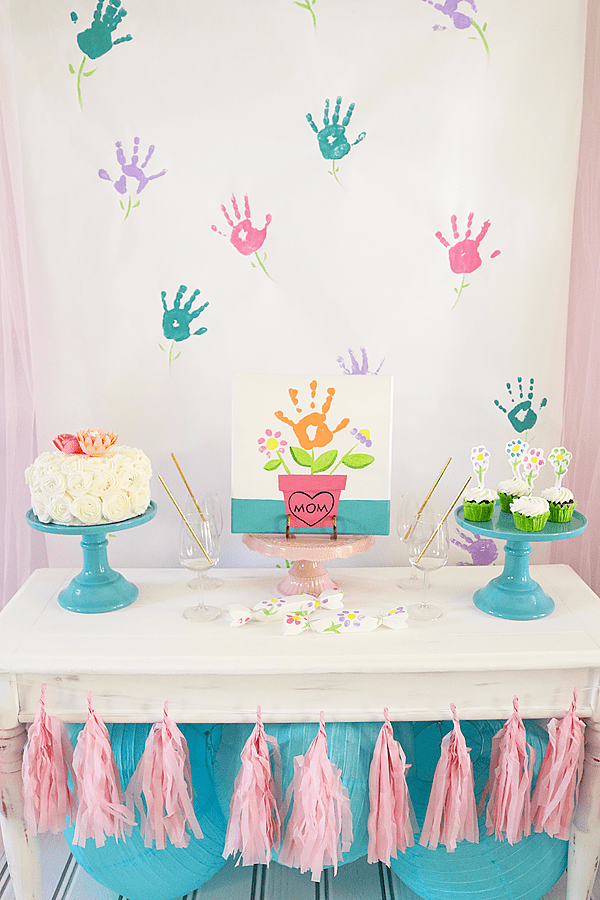 7 mother's day parties and tablescapes