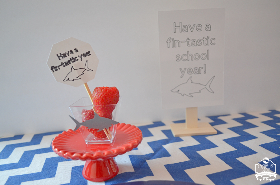 The perfect back to school breakfast tablescape to kick off a fin-tastic new school year for the shark lover in your life.