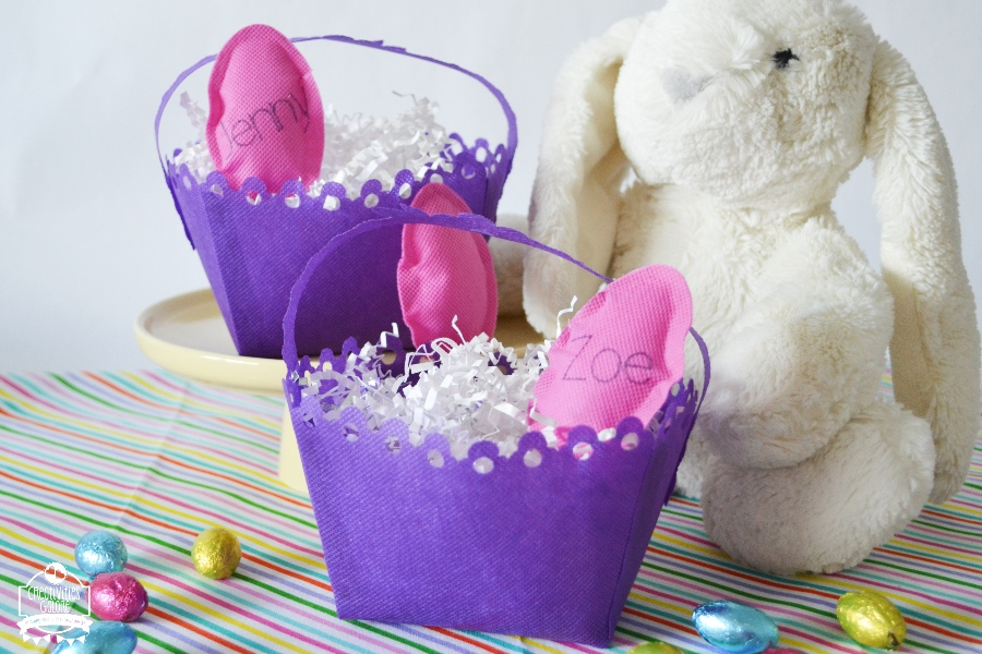How to make an Easter basket: Today I am sharing just how easy it is to make a small Easter basket with some great products from Fairfield World.